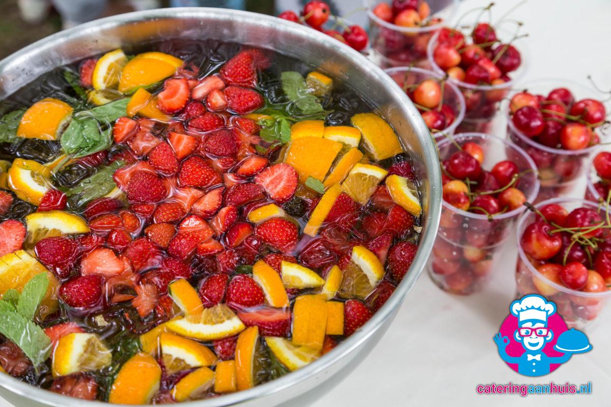 Fruitpunch alcoholvrij bestellen - Catering aan huis