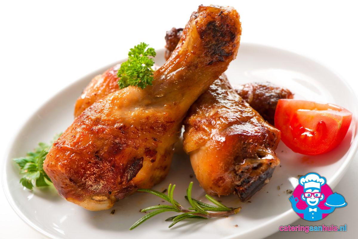 Kip kerrie saladeschotel - Kippenpoten - Catering aan huis
