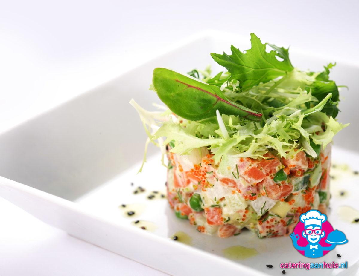 Zalm vis saladeschotel - Catering aan huis