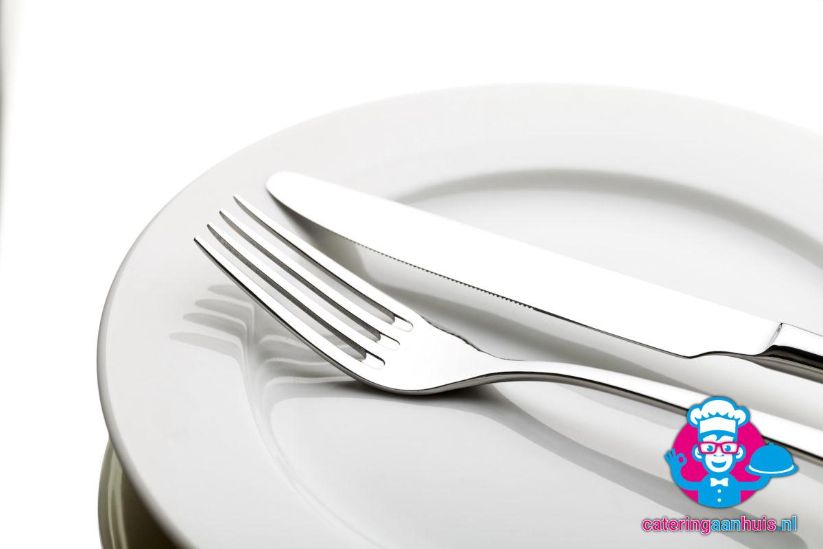 bord vork mes afwas - catering aan huis