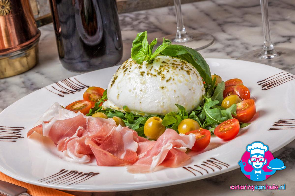 buffel mozzarella salade bestellen - Catering aan huis