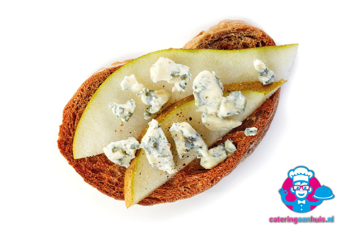 crostini-Blauwe kaas peer makkelijk catering aan huis