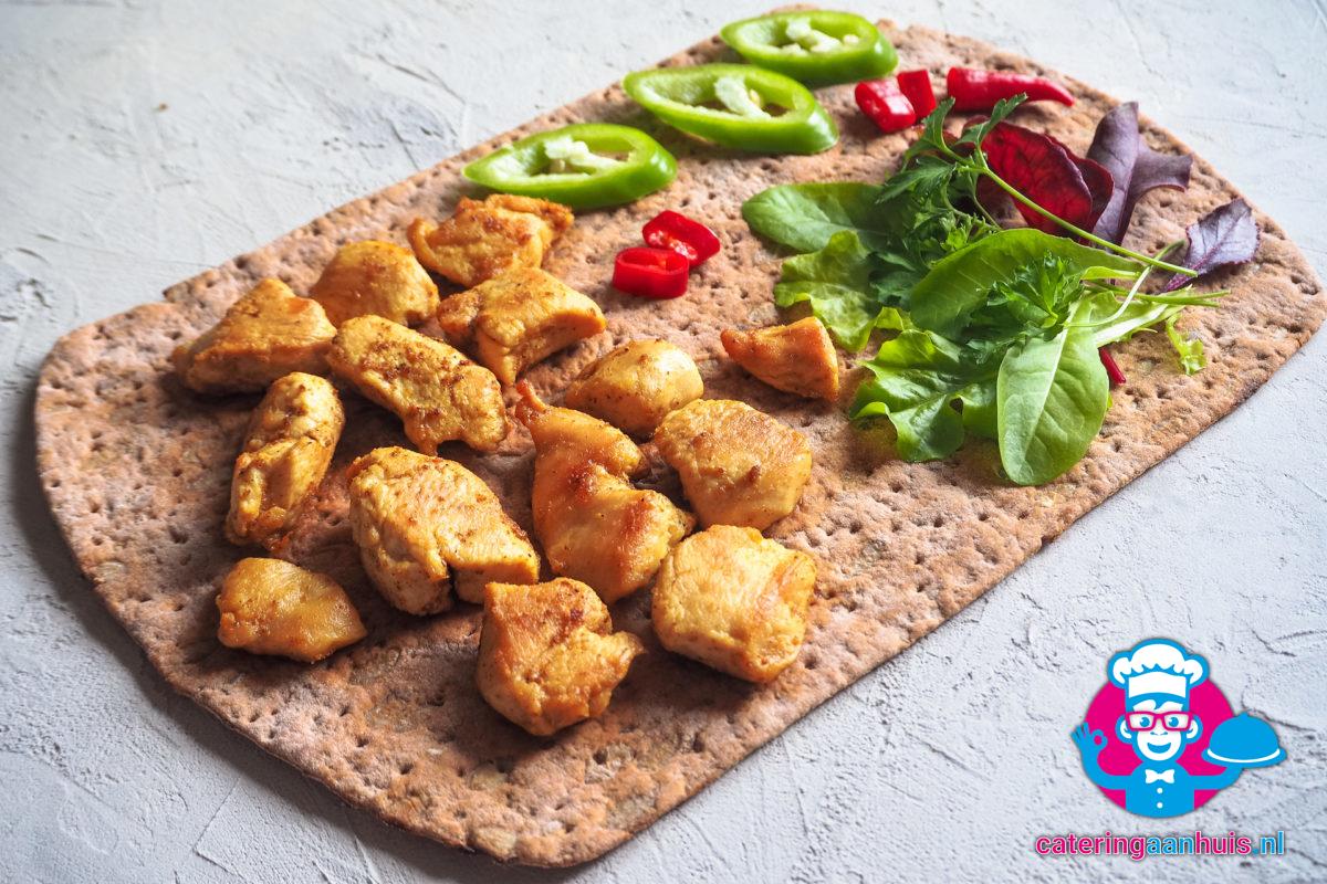 Mini kip stukjes aziatisch catering aan huis